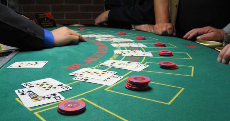 Blackjack Strategy: Become the Winner of Blackjack Game